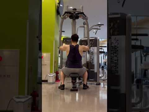 ただリアデルトをやるだけの動画 #shorts #筋トレ #筋肉 #三角筋 #メロン肩 #肩トレ #肩トレーニング #リアレイズ